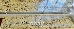 1962 Oldsmobile STARFIRE CENTER GRILLE TRIM PANEL grill moulding 587629 NICE 62