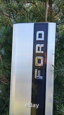 1987-1991 1992-1996 Ford F150 F250 F350 Tailgate Trim Panel Black Reflector