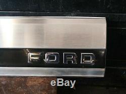 1987-1996 ford f-150 f-250 f-350 Tail gate aluminum trim panel black