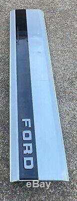 1987-96 OEM Ford F-150 F-250 F-350 factory Tailgate Trim Panel Oem Piece X3352