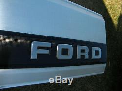 Ford 1992-1996 F-150 F-250 Aluminum Tailgate Trim Panel Black Reflector
